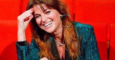 Monica Sarnelli  conclude al Nest il tour nei Teatri di Frontiera