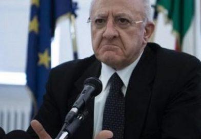 """Si alla passeggiata con genitore, De Luca ribatte al Ministero degli Interni: """"In Campania è vietato"""""""