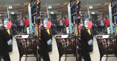 Rissa in supermercato di Casoria per una mascherina non messa