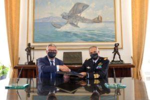 Il rettore Paolisso e il Comandante delle Scuole AM Gen. Colagrande