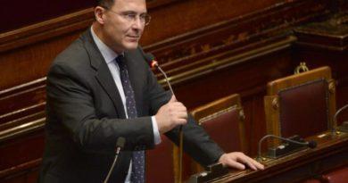"""Governo, Cirielli (FdI): """"I Mastella? Inventori dei ribaltoni ridotti a stampella del M5S"""""""