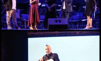 Premio Charlot per l'Informazione a Titta Fiore, con esibizione di Arturo Brachetti: grandi emozioni all'Arena del Mare di Salerno