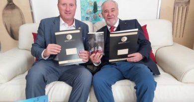 Gli autori Graus Edizioni  vincitori del Menotti Festival Art di Spoleto  conquistano il Parlamento Europeo